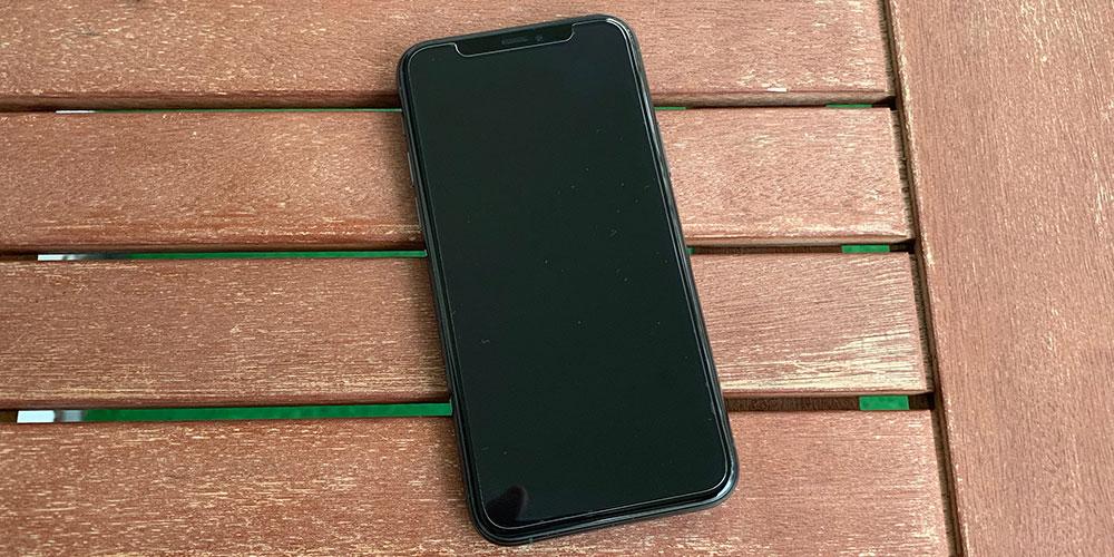 iphone-11-omoton-panzerglas2