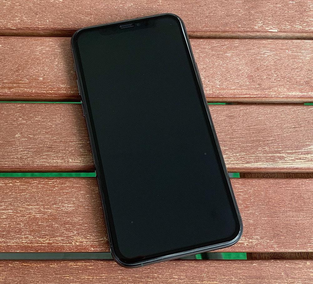 kugi-panzerglas-iphone-11-1