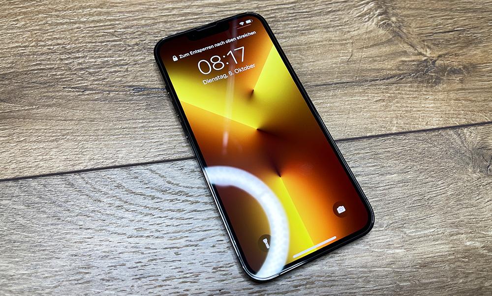roxx-japanisches-panzerglas-iphone-13-3